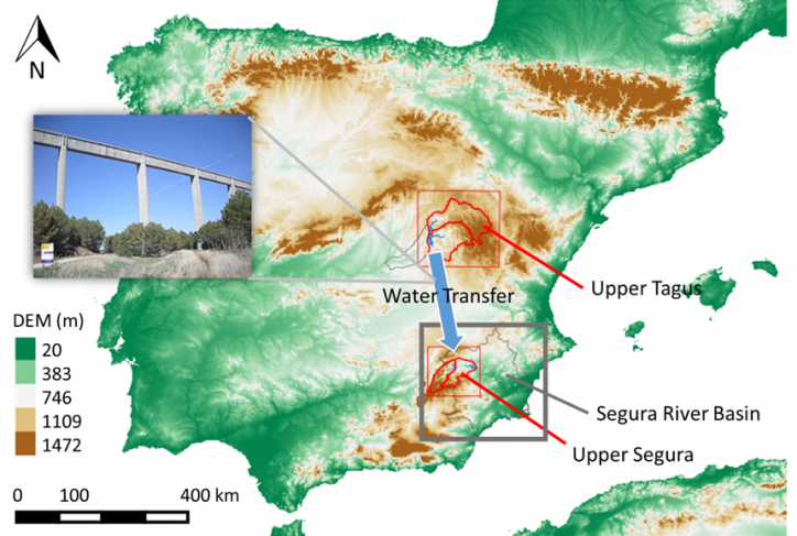 Segura River Basin (gray square) location. Schematic of the water transfer infrastructure (pipes, pump-turbines, lifting station, tunnels, aqueducts). Red squares delimit the upper Tagus and upper Segura River Basins.