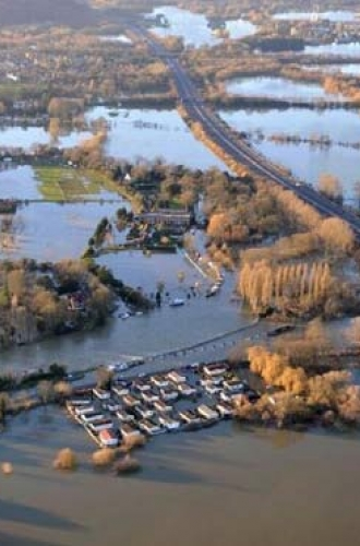Flooding in the Lower Thames catchment February 2014